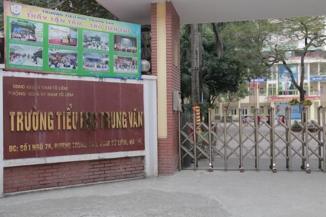 Hà Nội: 17 phụ huynh đồng loạt tố cô giáo bạo hành học sinh lớp 2 1