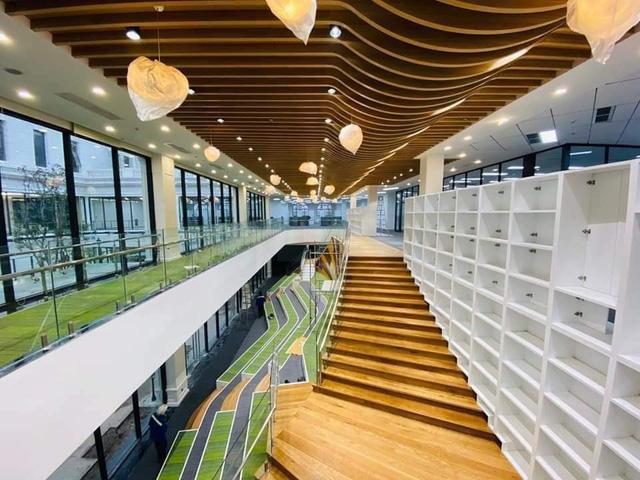 Đại học VinUni học phí 2,4 tỷ đồng: Khuôn viên như hoàng cung, lớp học hiện đại bậc nhất 2