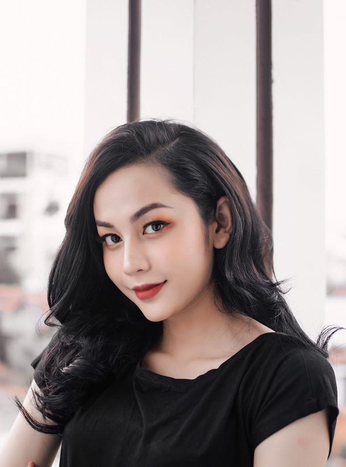 Hotgirl chuyển giới khiến Trấn Thành phát cuồng bởi nhan sắc áp đảo Hương Giang 5