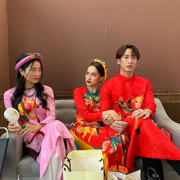 Hương Giang dựa đầu tình tứ bên trai đẹp, công khai kế hoạch lấy chồng 2