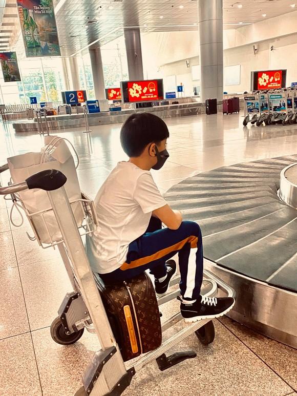Phản ứng của con trai Hồ Ngọc Hà khi biết tin nghỉ học vì dịch virus corona 1