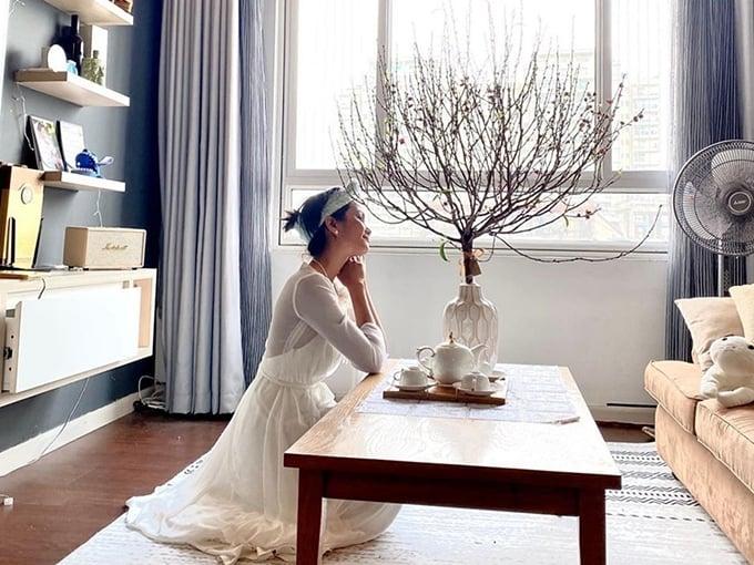 H'Hen Niê khoe căn hộ mới thuê, fan chỉ tập trung vào chi tiết trong phòng ngủ 5