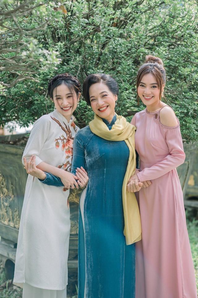 'Ngọc nữ trăm tỷ' Lan Ngọc đi vào lịch sử điện ảnh Việt với kỷ lục ấn tượng 2