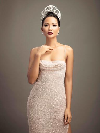 Vừa mới công khai bạn trai, H'Hen Niê đã tiết lộ kế hoạch tổ chức hôn lễ  1