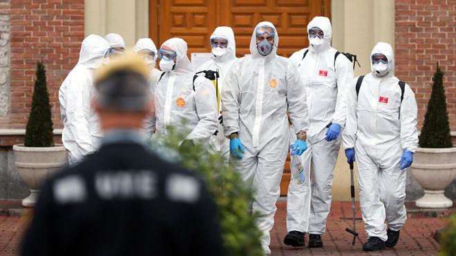 Hơn 5.000 nhân viên y tế tại Tây Ban Nha nhiễm Covid-19 1