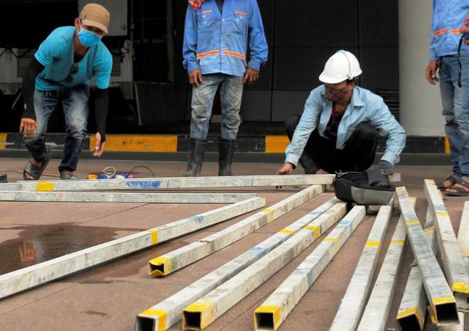 Cận cảnh quá trình thi công bệnh viện dã chiến 1000 giường ở Đà Nẵng 3