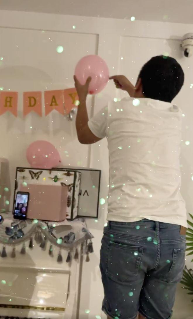 در جشن تولد همسرش ، ترونگ جیانگ گوشه ای از یک ویلای لوکس را کشف کرد که باعث تحسین شهروندان اینترنتی شد