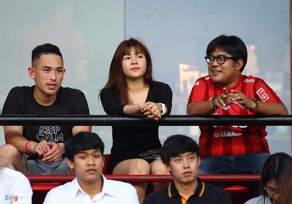 Bạn gái tin đồn đến cổ vũ, Văn Lâm chấm dứt chuỗi trận tồi tệ cùng Muangthong United 1