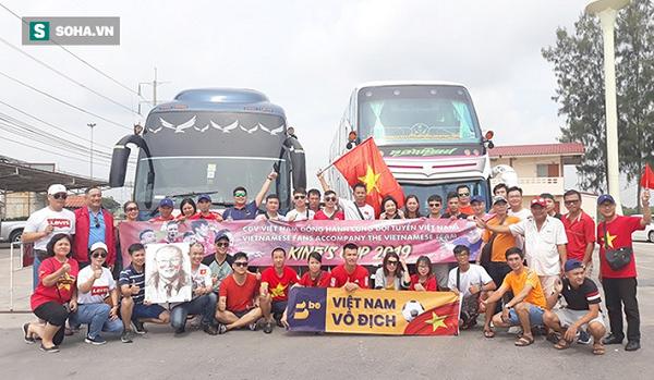 CĐV Việt Nam vượt ngàn cây số, đổ bộ Buriram tiếp lửa cho ĐT 3
