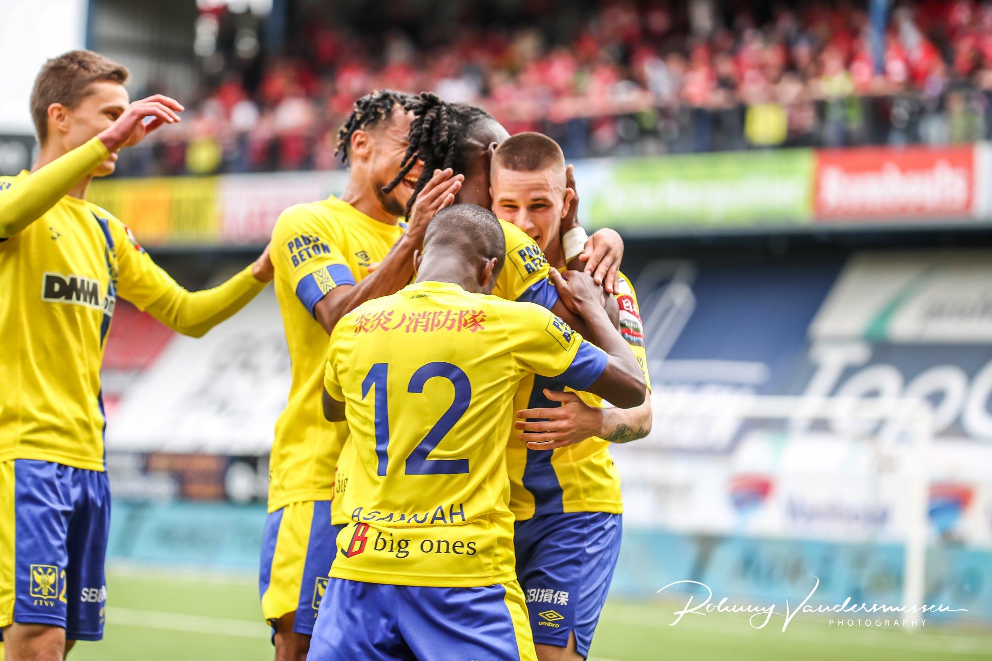 Công Phượng nghỉ thi đấu, Sint-Truidense tạo cú sốc trước đại gia nước Bỉ 1