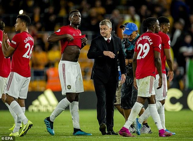 Tranh đá penalty với Rashford, Pogba nhận làn sóng chỉ trích dữ dội 3