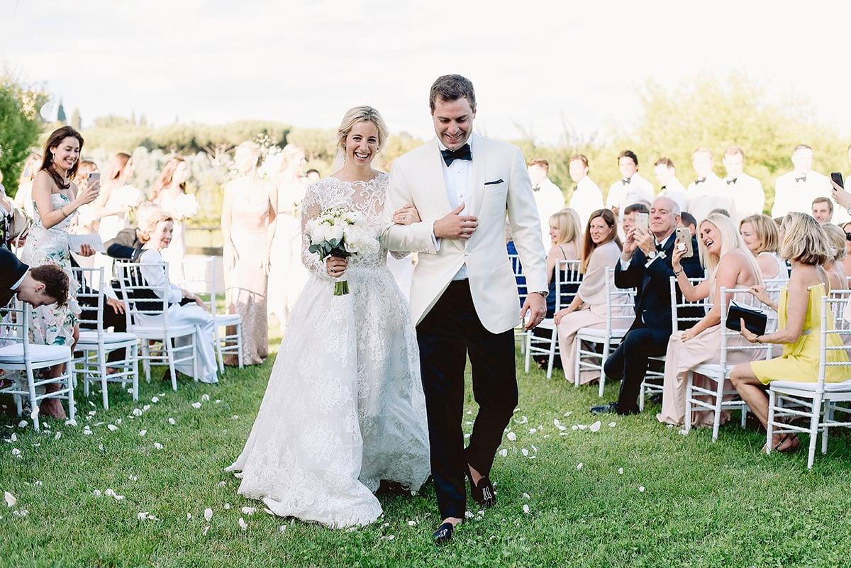 Làm thế nào để tổ chức tiệc cưới ngoài trời với kinh phí thấp? 1
