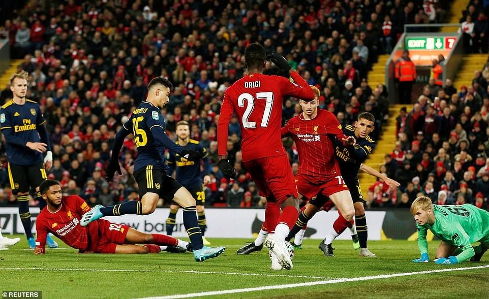 Rượt đuổi tỷ số nghẹt thở, Liverpool đánh bại Arsenal sau loạt sút luân lưu 2
