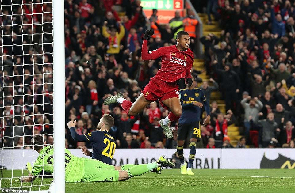 Rượt đuổi tỷ số nghẹt thở, Liverpool đánh bại Arsenal sau loạt sút luân lưu 1