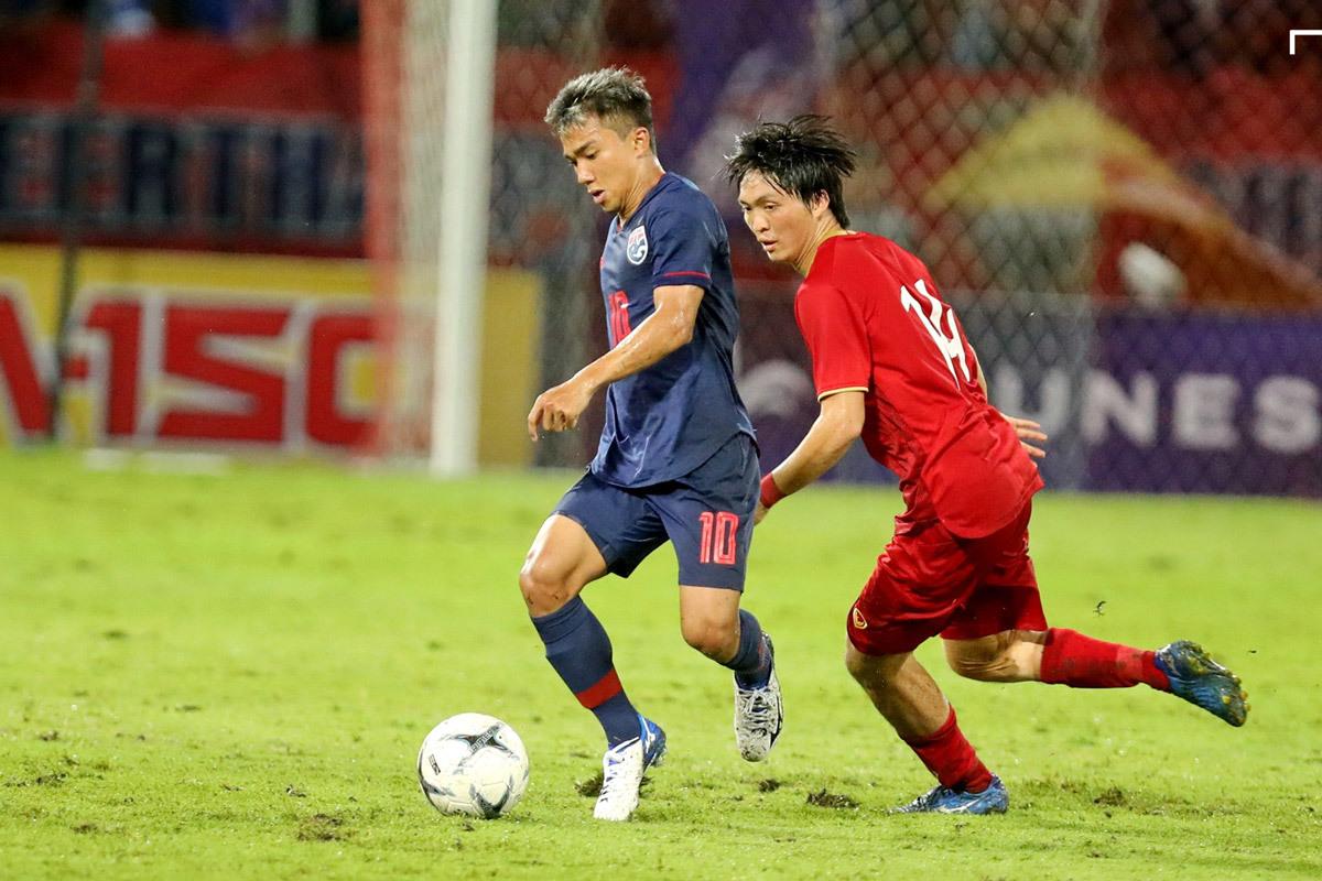 Quang Hải cạnh tranh với 'Messi Thái' ở giải thưởng cầu thủ xuất sắc nhất Đông Nam Á 2