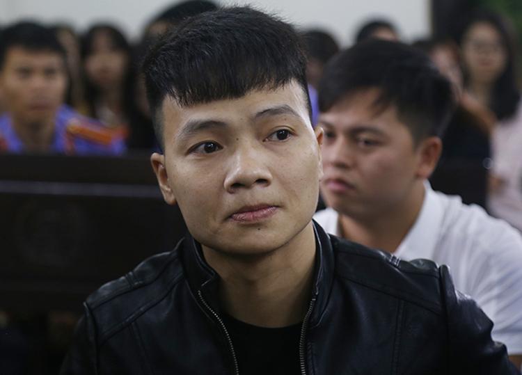Mẹ Khá 'Bảnh' nói gì khi chứng kiến con trai nhận án tù 10 năm? 1