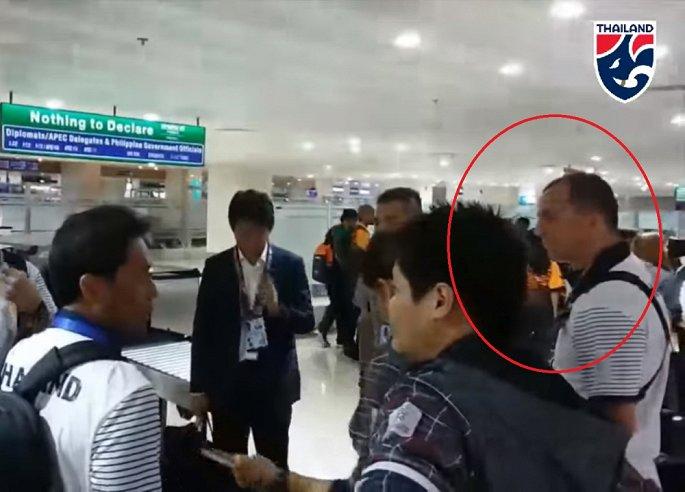 Trợ lý Thái Lan không bị sa thải, tiếp tục đối mặt với thầy Park tại SEA Games 1