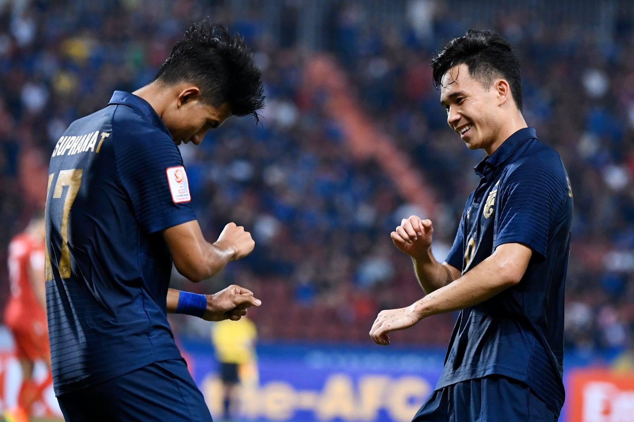 Nã tới 5 bàn vào lưới đối thủ, U23 Thái Lan tạm vươn lên đầu bảng A  2