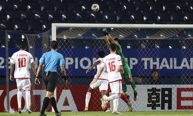 HLV UAE hết lời khen ngợi U23 Việt Nam sau khi chia điểm trận ra quân  1