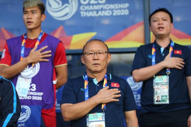 HLV Park Hang Seo lý giải vì sao để Bùi Tiến Dũng bắt chính trong trận mở màn 2