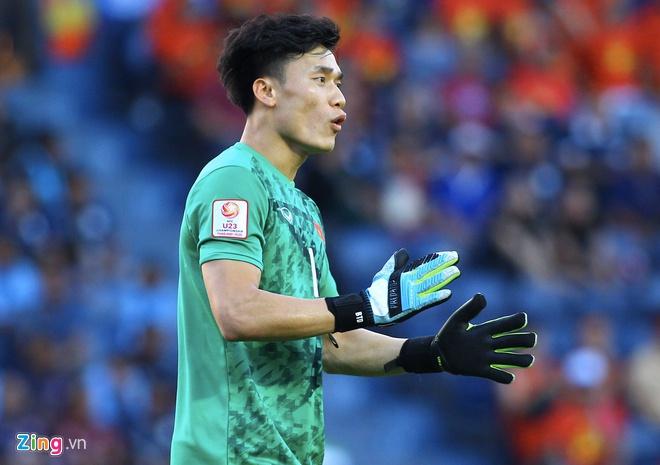 Rũ bỏ ác mộng từ SEA Games, Bùi Tiến Dũng tỏa sáng giúp U23 Việt Nam có điểm số đầu tiên  3