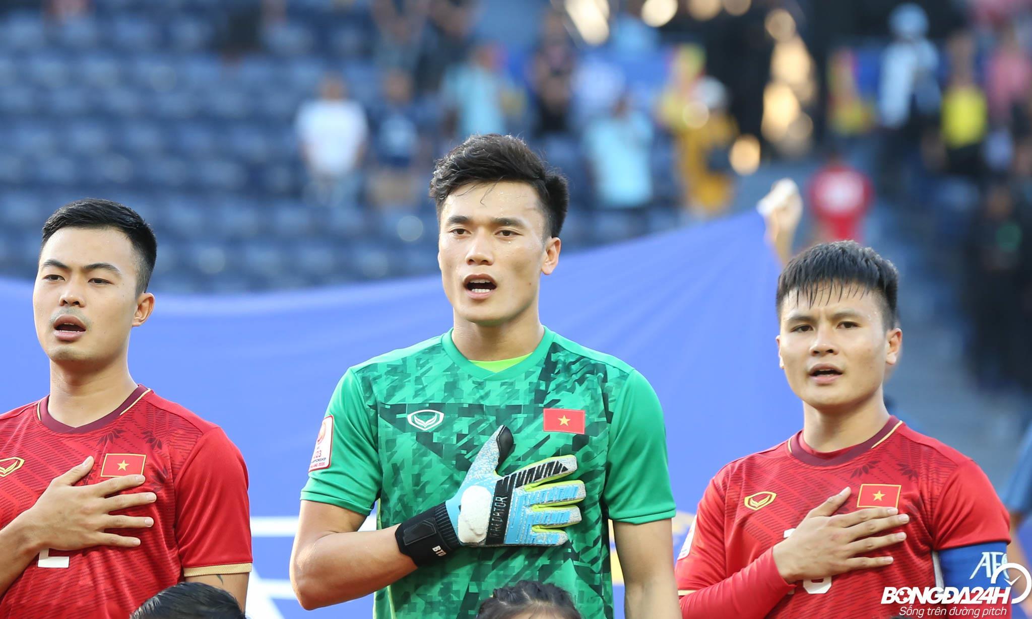 Bùi Tiến Dũng được LĐBĐ châu Á ngợi ca sau màn trình diễn trong trận gặp Jordan  1