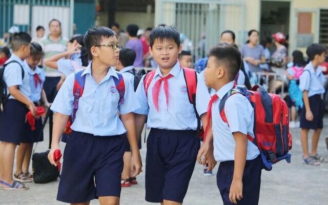 TP HCM lên phương án cho học sinh trở lại trường học trong tháng 3  1