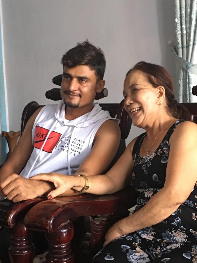 Quá khứ ít biết của Cô dâu 65 tuổi: Năm 18 bỏ nhà theo tình nhân, gia đình đòi từ mặt 1