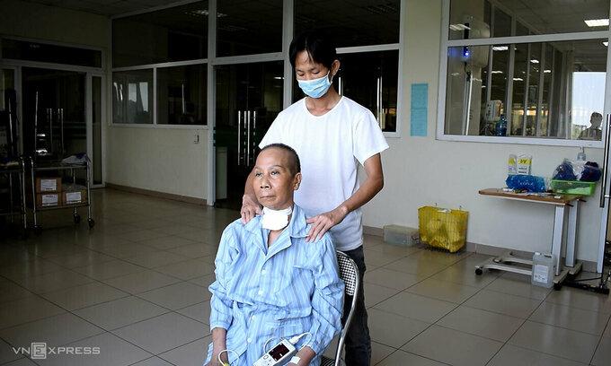 Bác ruột của bệnh nhân 17 khỏi bệnh sau gần 3 tháng điều trị 3