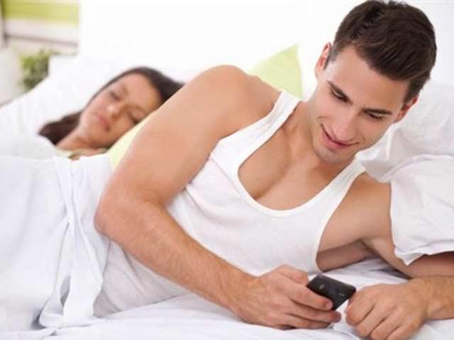 Muốn nhà cửa êm ấm, đàn ông có vợ đừng bao giờ nhắn tin theo 6 kiểu này 2