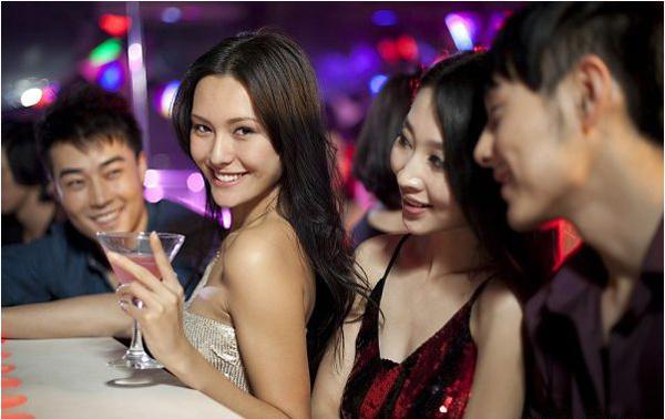 Đàn ông khôn ngoan hay nông cạn, chỉ cần nhìn cách đối xử với phụ nữ để nhận ra  3