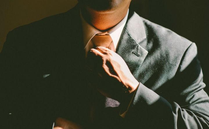 Đàn ông khôn ngoan hay nông cạn, chỉ cần nhìn cách đối xử với phụ nữ để nhận ra  5