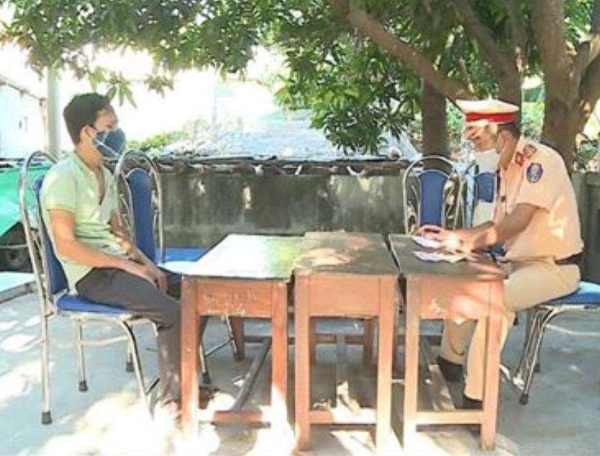 Thủ đoạn tinh vi của đường dây đưa người về từ Đà Nẵng trốn cách ly 3