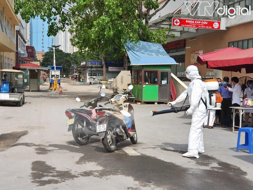 Ca nhiễm COVID-19 tại Hà Nội: Gần 100 nhân viên y tế tiếp xúc gần, đã có kết quả xét nghiệm của nhiều F1 3