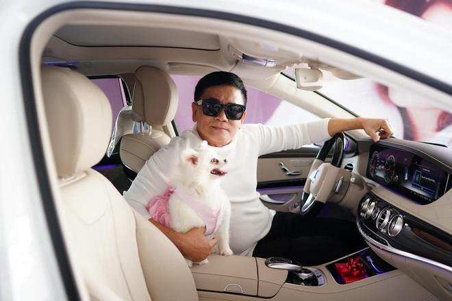 Danh hài 'chân ngắn' được chồng hơn 20 tuổi tặng xe 5 tỷ, lên Đà Lạt xây thêm căn penthouse triệu đô 5