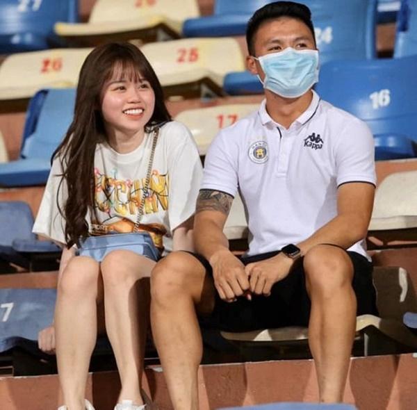 Bạn thân Huỳnh Anh vạch trần bộ mặt thật của Quang Hải: Khi dính phốt thì cầu xin, yêu rồi vẫn nhắn tin với gái lạ? 7
