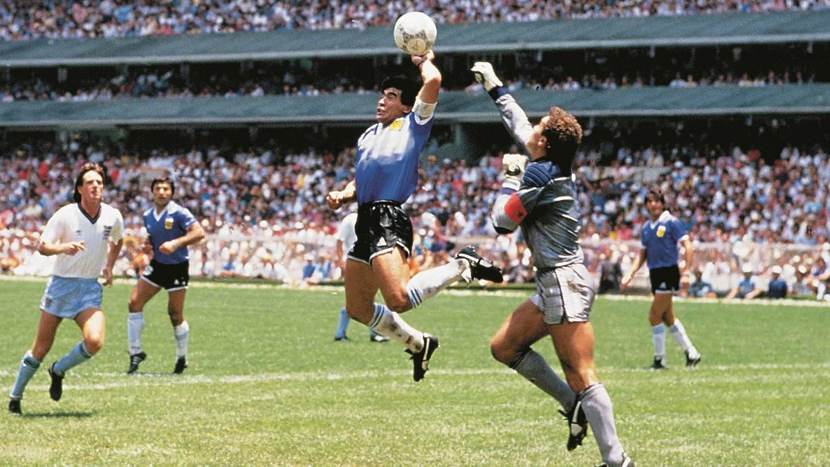 Nguyên nhân thực sự khiến 'Cậu bé vàng' Diego Maradona qua đời 3