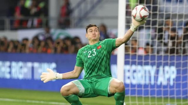 Lần đầu tiên trong lịch sử, một tuyển thủ bóng đá Việt Nam được thi đấu tại giải đấu cao nhất Nhật Bản  2