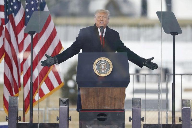 رئیس جمهور ترامپ که به طور دائمی توسط مجموعه ای از شبکه های اجتماعی قفل شده است ، از ساخت بنیاد خود خبر داد 4