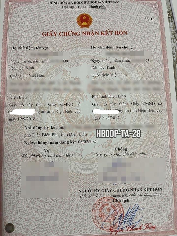 این پسر ازدواج با دوست دختر خود را لغو می کند زیرا خانواده دوست دختر او نمی توانند به او اجازه خرید ماشین بدهند