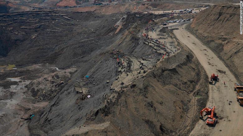 Sập mỏ ngọc Myanmar, hơn 50 người bị chôn vùi 1