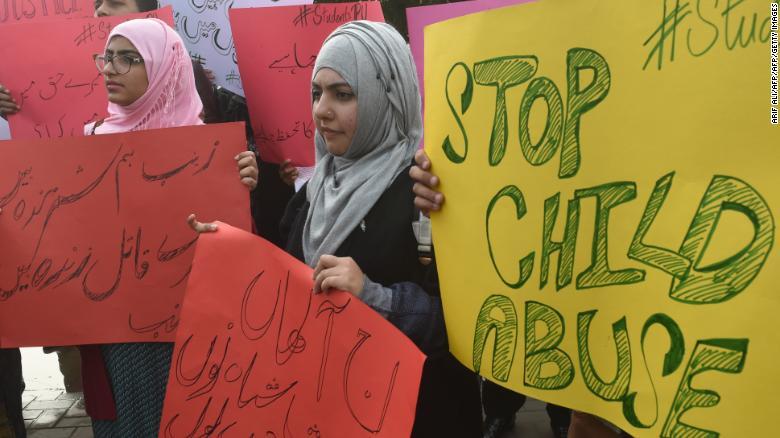 Bé gái 10 tuổi bị hãm hiếp, sát hại dã man rúng động Pakistan 1