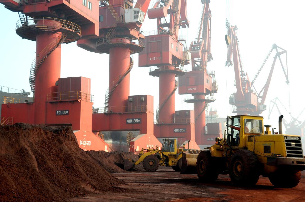 Thương chiến Mỹ - Trung: Bắc Kinh ra tay, giá đất hiếm tăng vọt 1