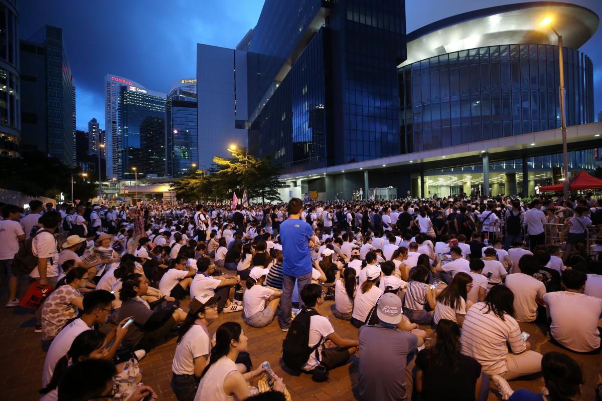5.000 cảnh sát Hong Kong sẽ xuống đường đối phó biểu tình 1