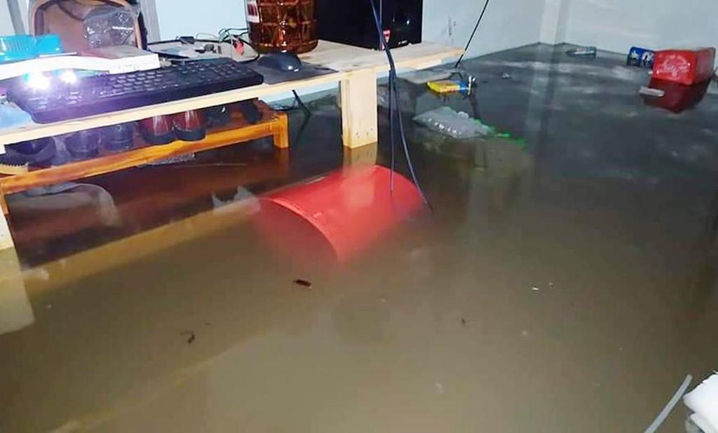 Đảo Phú Quốc tê liệt vì chìm trong trận lụt lịch sử 7