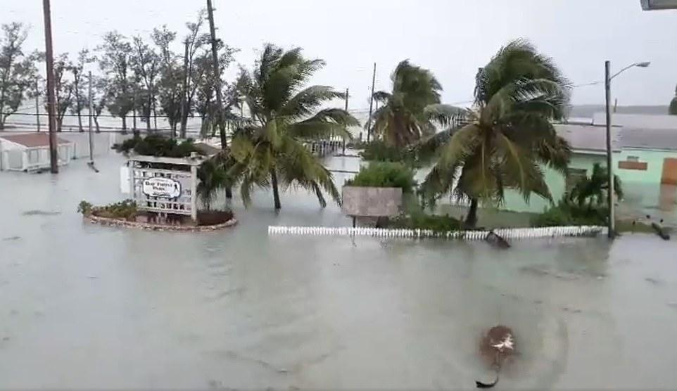 Bão quái vật Dorian gây 'thảm kịch lịch sử' cho quốc đảo Bahamas 11