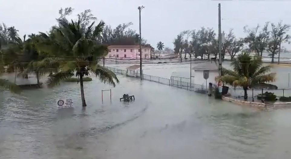 Bão quái vật Dorian gây 'thảm kịch lịch sử' cho quốc đảo Bahamas 12