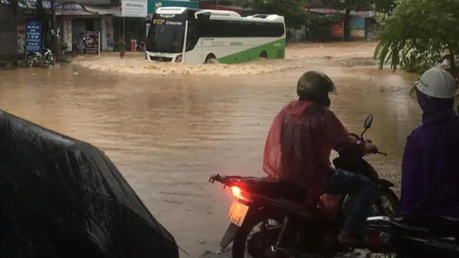 Thái Nguyên tiếp tục hóa sông sau mưa lớn 1