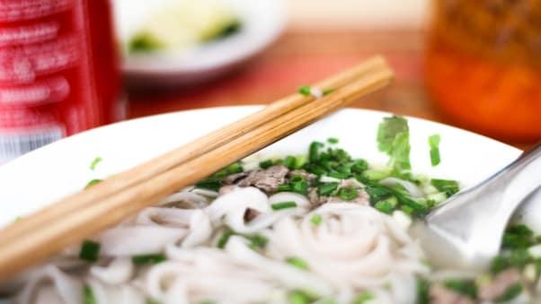20 món ăn ngon nhất thế giới, Việt Nam góp mặt 2 món 15