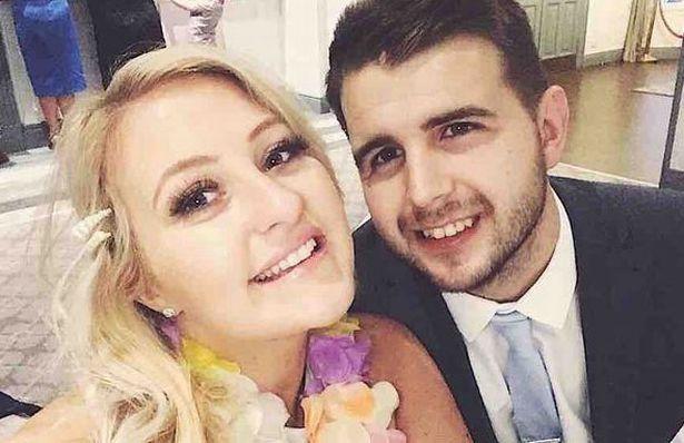 Giữ lời hứa kết hôn, chàng trai tỉnh lại sau hôn mê ung thư 2